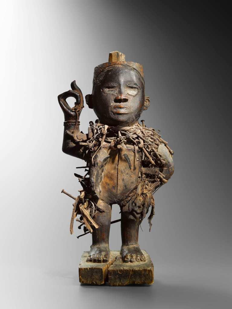 Nagelfetisch aus dem Kongo: Auf der Brafa 2020 wurde das Kultobjekt vom Ende des 19. Jahrhunderts von Didier Claes für 110 000 Euro angeboten.